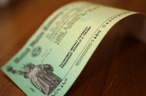Quedan solo horas para reclamar al IRS cheque de estímulo atrasado