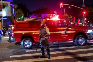 Persona disfrazada de vampiro balea a mujer del área de San Diego. La víctima está en estado crítico