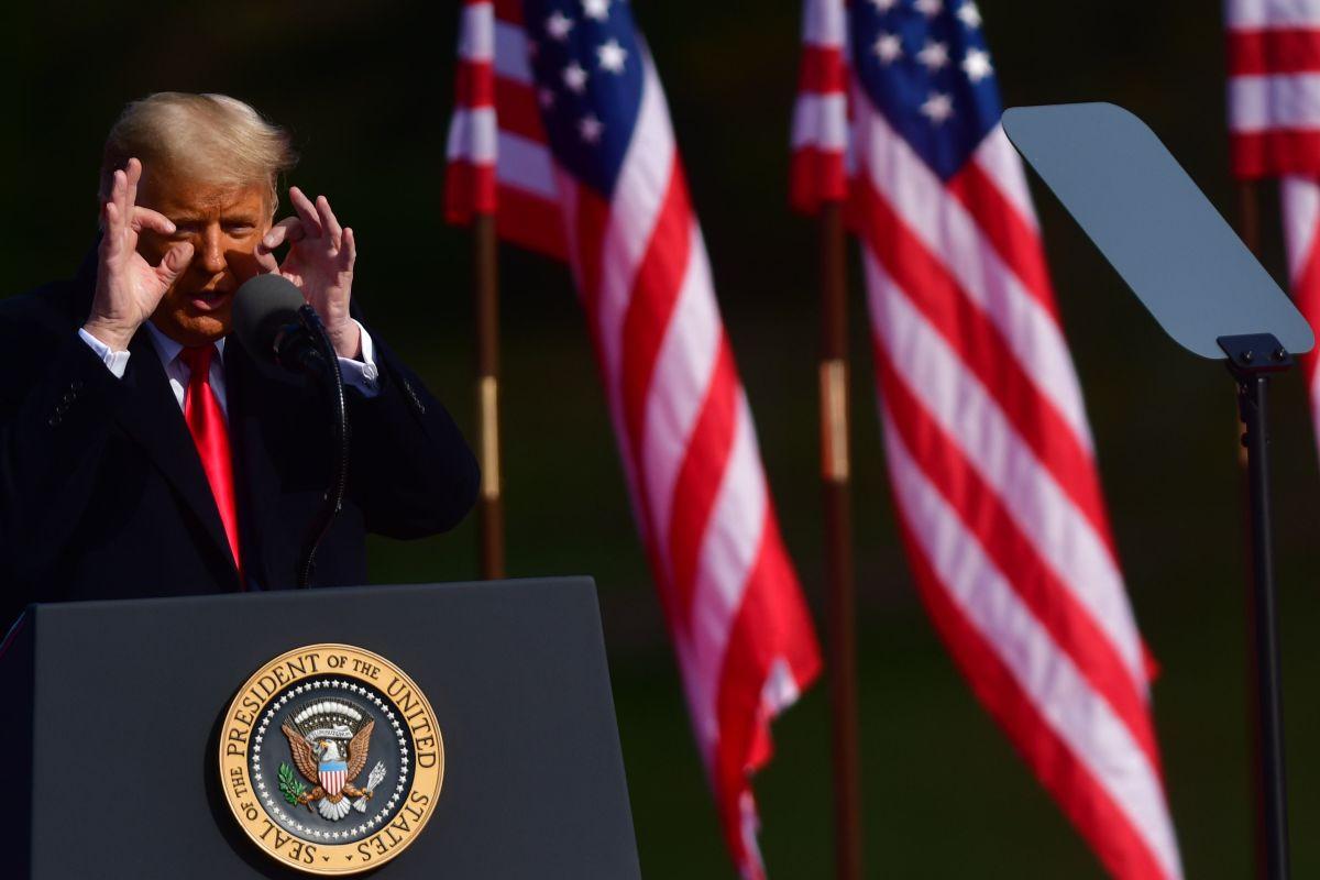 Trump niega que vaya a cantar victoria antes de conocer los resultados definitivos