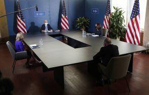 Biden estaría presionando en privado para acordar un cheque de estímulos más pequeño