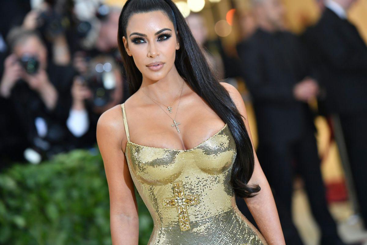 Kim Kardashian aborda la crisis del coronavirus con el famoso doctor Fauci