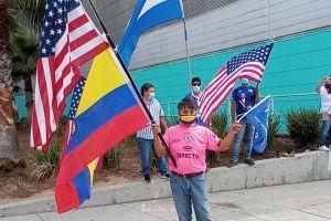 'Trump es un líder no un político', aseguran latinos que lo respaldan