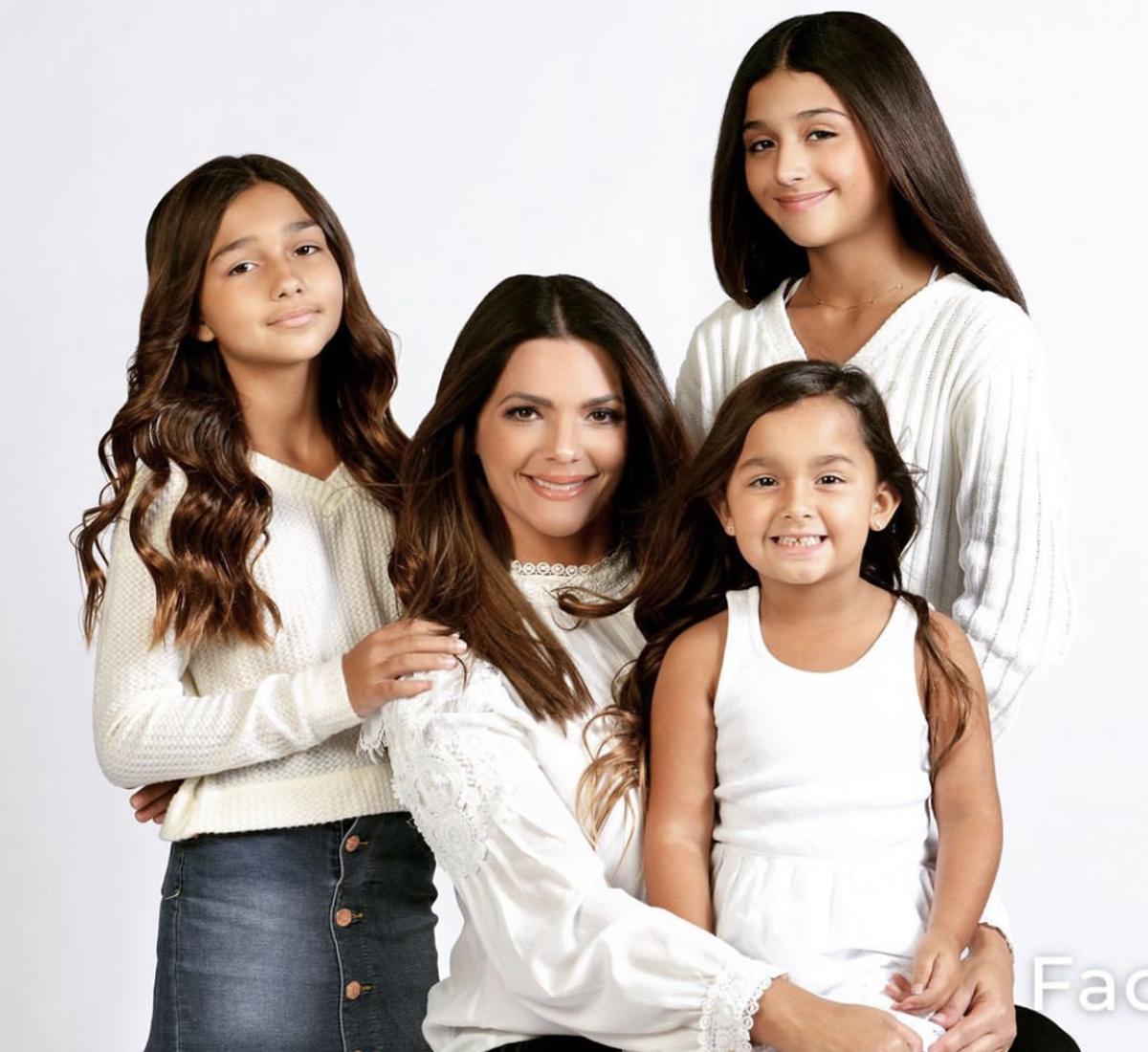 Bárbara Bermudo con sus hijas