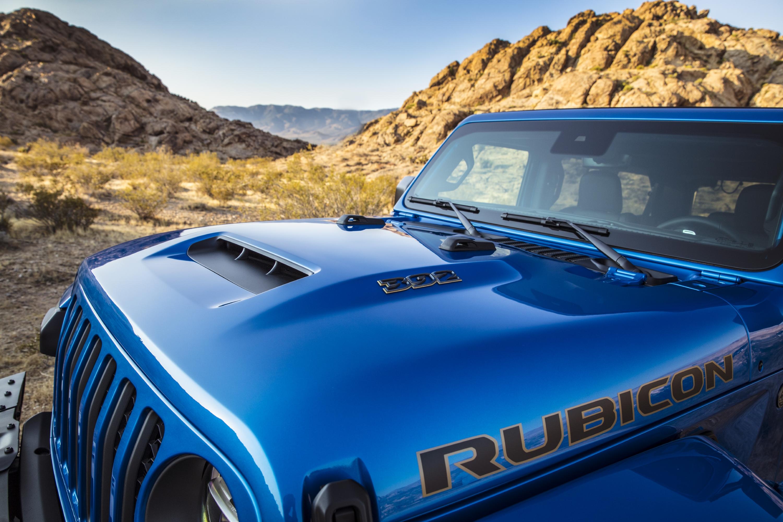 La toma de aire en el capó es funcional. / Foto: Jeep