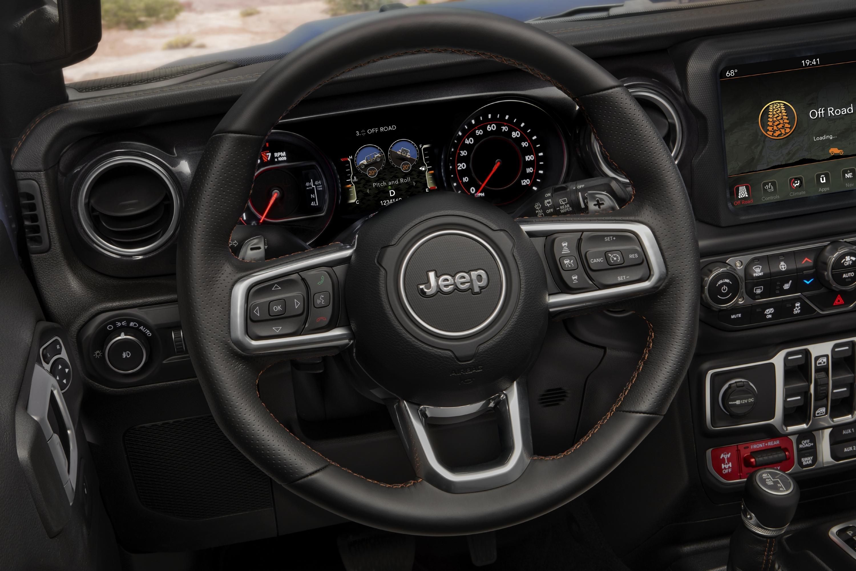 El volante del nuevo Jeep Wrangler Rubicon 2021.