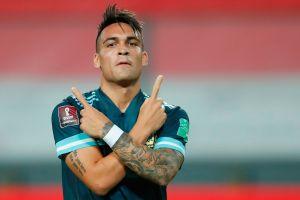 Lautaro Martínez conduce a la victoria de Argentina sobre Perú