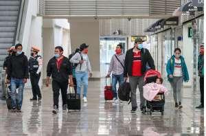Gobierno de México pide a connacionales evitar viajes al extranjero por COVID-19