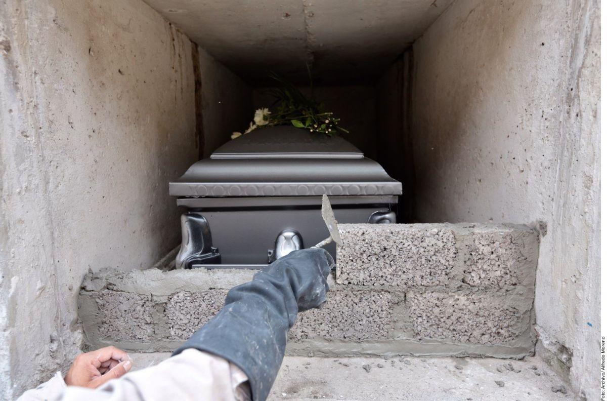 Gobierno mexicano pagará gastos funerarios a familiares de fallecidos por COVID-19