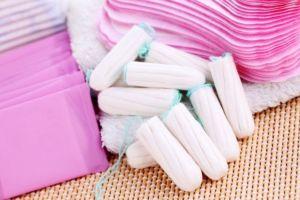 Menstruación: la primera nación del mundo en ofrecer gratis productos sanitarios