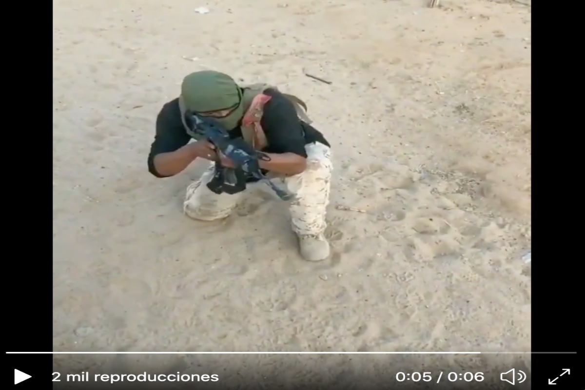 VIDEO: Sicario del Cártel de Sinaloa muestras sus habilidades con salto mortal