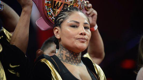 Barby Juárez arremete contra el Canelo Álvarez