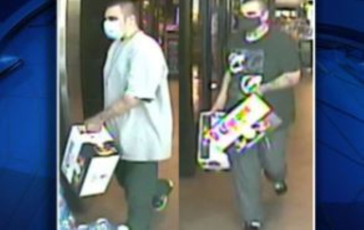 """Le gustan las """"chelas"""" pero no las paga: Un hombre de Texas roba y roba cerveza de una tienda"""