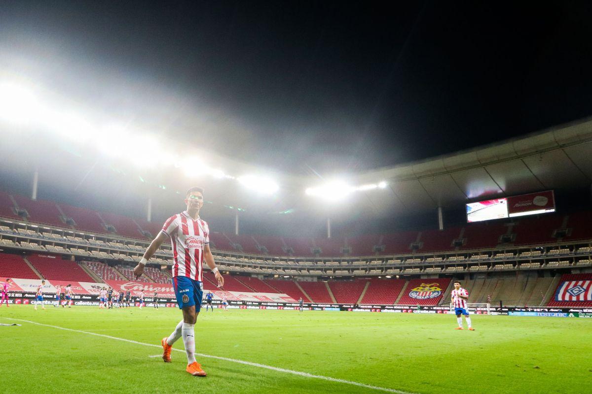Secretaría de Salud reprueba que el estadio de Chivas abra puertas a aficionados