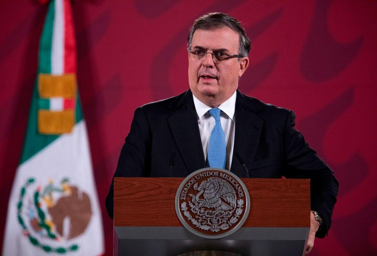 Llegan vacunas chinas para fase de pruebas en México