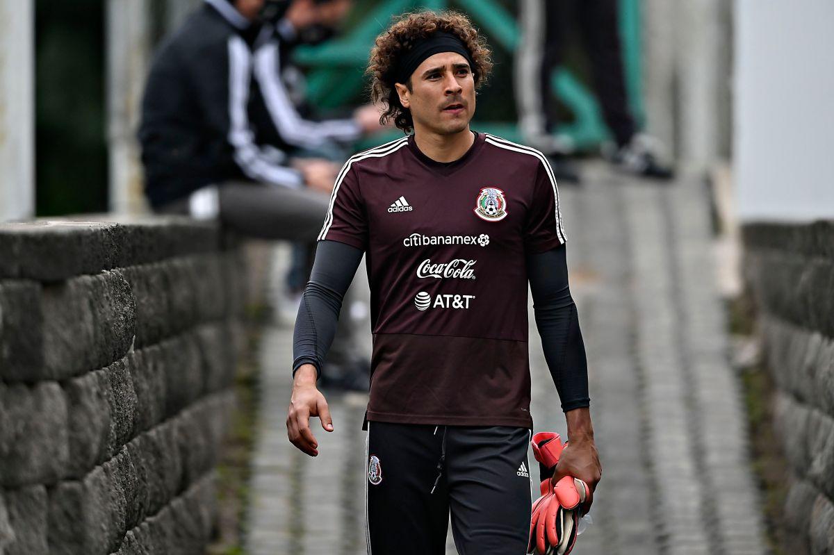 Guillermo Ochoa planea retirarse de la Selección Mexicana después de Qatar 2022