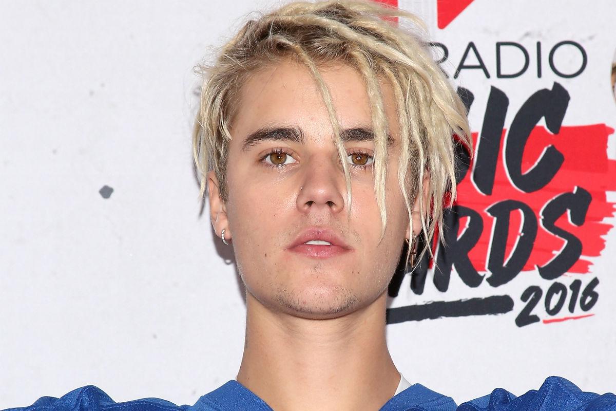 """Justin Bieber reza por Colombia, aunque no sepa """"exactamente"""" qué está pasando en el país"""