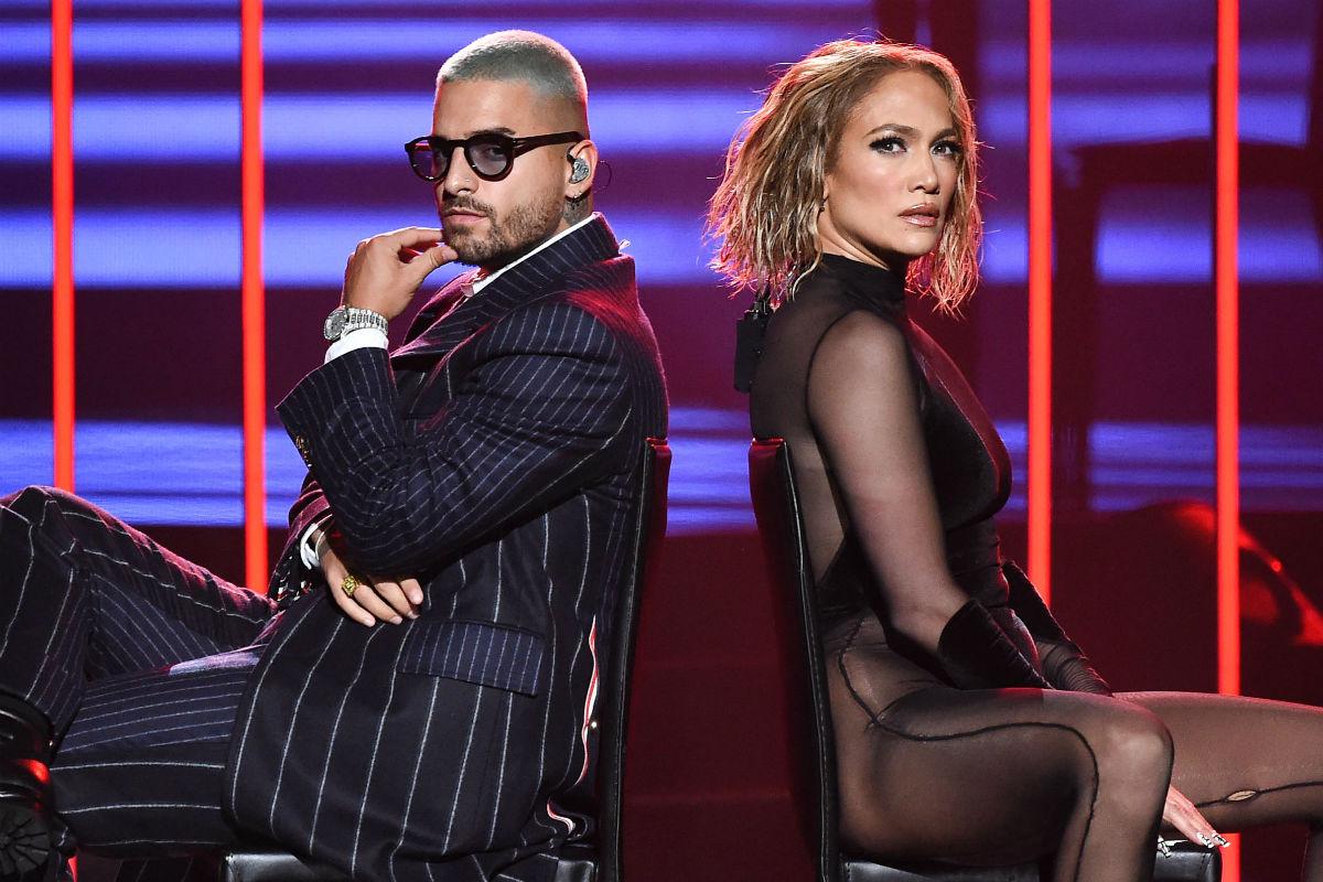 Maluma y Jennifer Lopez ponen nerviosos a los censores con su actuación en los AMAs