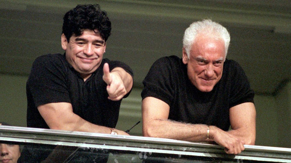 VIDEO: Compañeros y amigos de Maradona rompen en llanto en televisión al hablar de la muerte de Diego