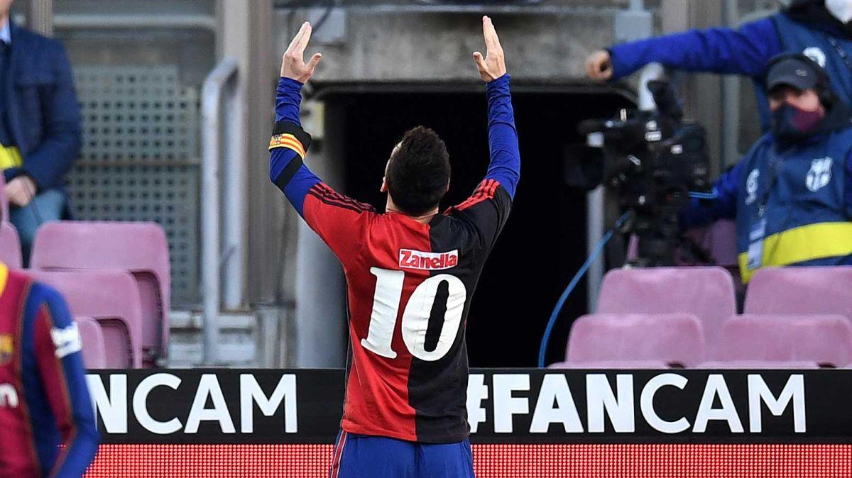 VIDEO: Luego de un golazo, el imperdible homenaje de Messi a Maradona es la imagen del día