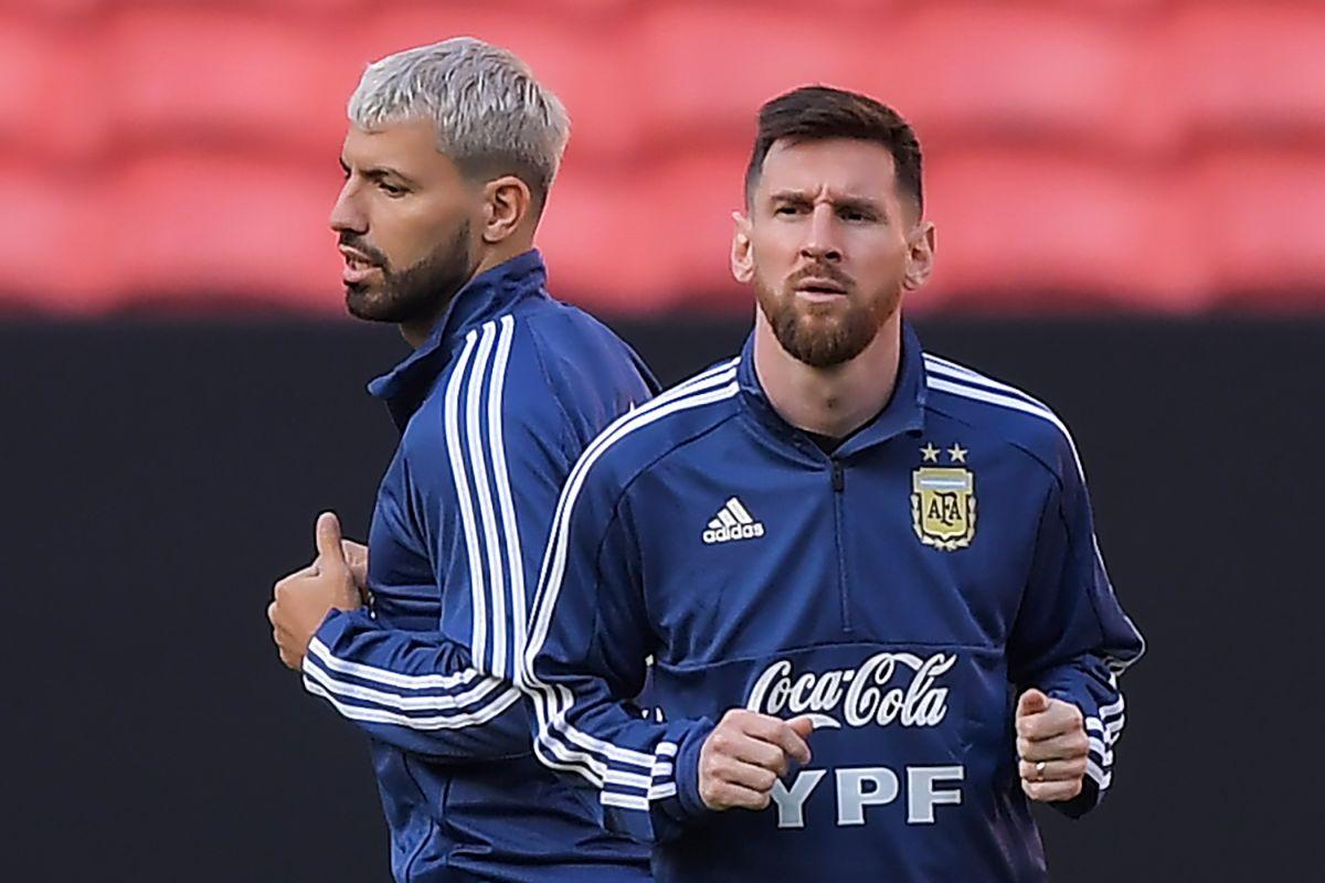 Aguero afirmó que es todo un lujo poder compartir equipo con Messi.