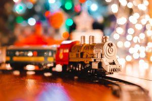 Los mejores trenes navideños para incluir en tu decoración festiva