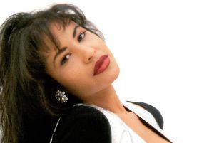 Selena Quintanilla hoy cumpliría 50 años, y a 26 años de su muerte, su legado sigue más fuerte que nunca
