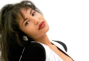 Conoce a la gemela de Selena Quintanilla que causa sensación en TikTok