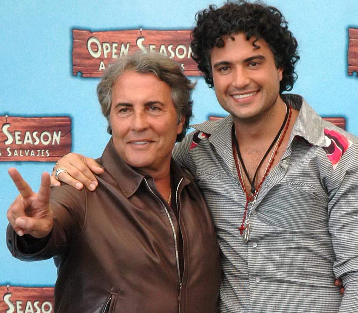 Jaime Camil junto a su papá