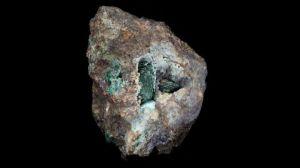 """Kernowita, el """"increíble"""" mineral descubierto en una roca extraída hace 220 años"""
