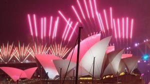 Año Nuevo 2021: el mundo despide 2020 con fuegos artificiales, calles vacías y pocas celebraciones