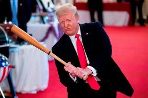 Trump firma el paquete de estímulo que incluye pagos directos y ayuda al desempleo