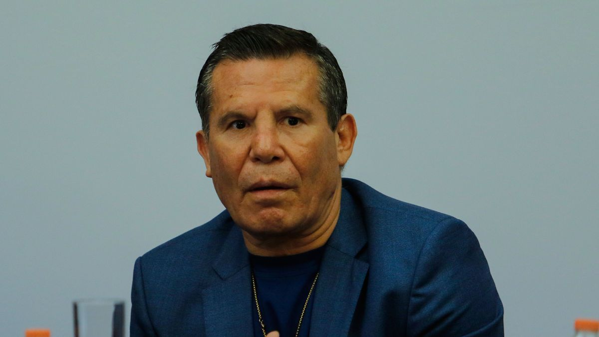 """Julio César Chávez invitó a Maradona a una de sus clínicas pero el """"10"""" nunca fue"""