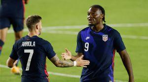 Estados Unidos gana 6-0 a El Salvador con 5 goles en 10 minutos