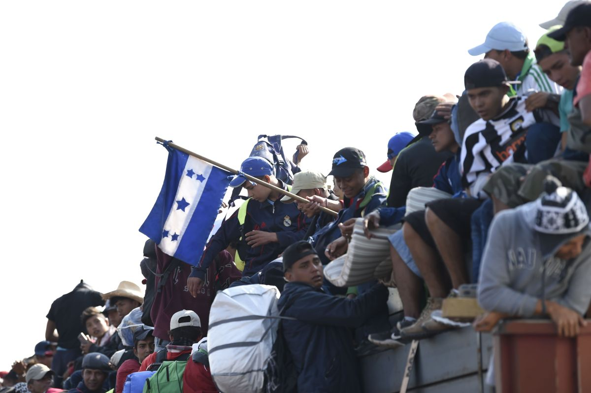 Nuevas caravanas de migrantes que preparan su viaje a EE.UU. pondrán a Biden a prueba