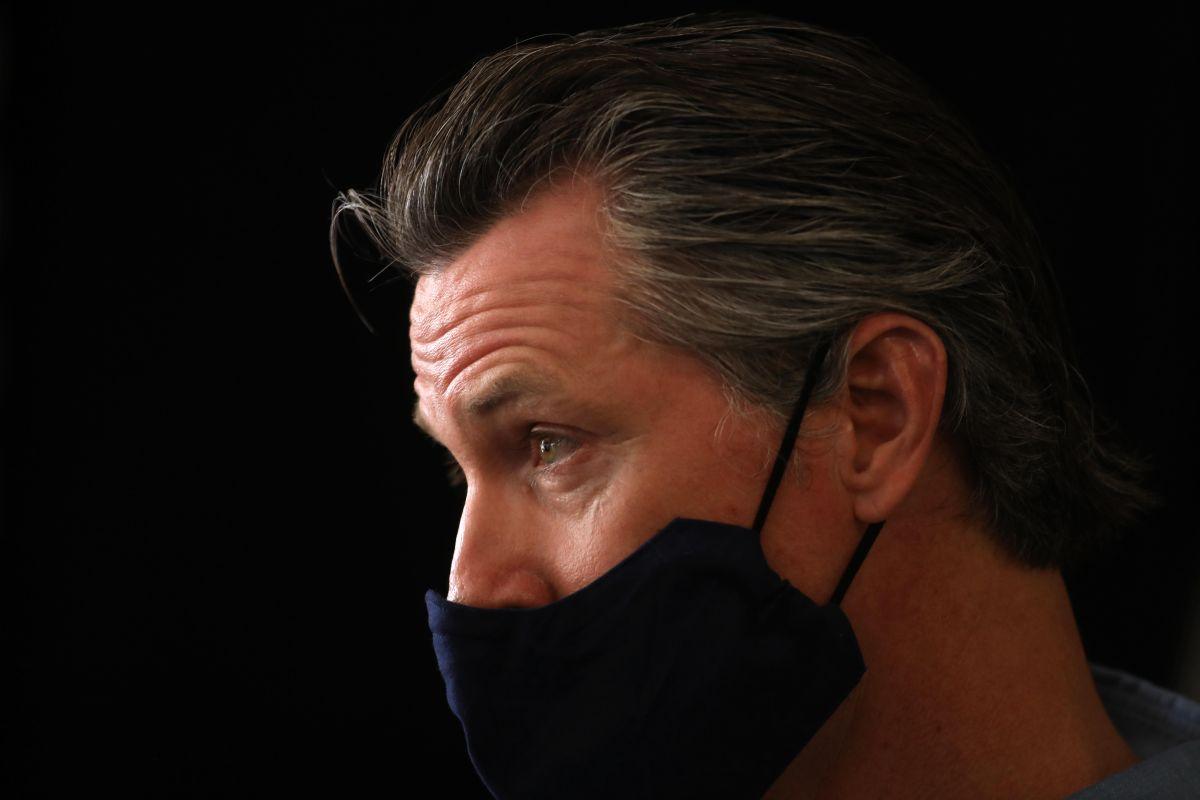 Empresas de Gavin Newsom recibieron millones de dólares en préstamos de apoyo por la pandemia