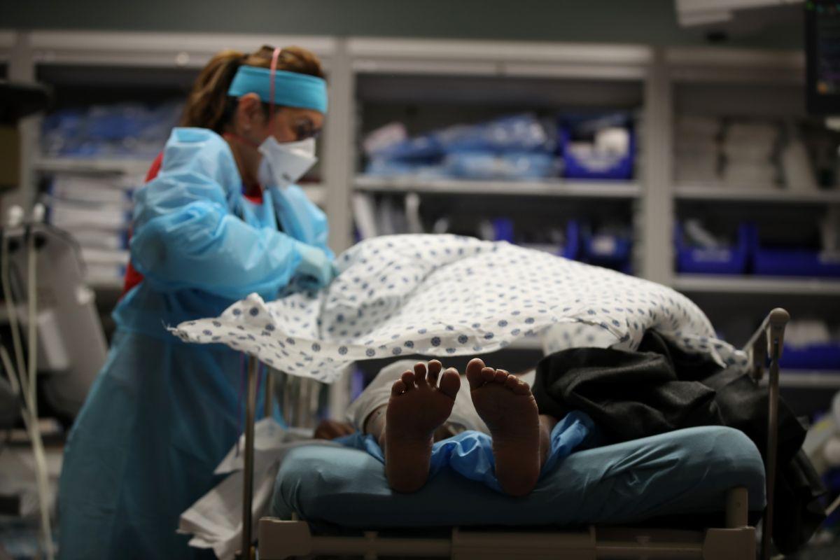 El condado de Los Ángeles volvió a superar su mayor cifra de muertos por COVID-19.