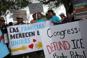 2021 arrancará con batallas judiciales a favor de los inmigrantes de Florida