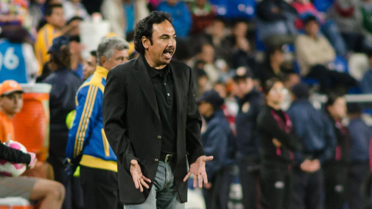 Hugo Sánchez busca un contrato de dos años con Cruz Azul, la Máquina solo ofrece uno