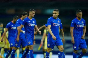 Cuatro jugadores de Cruz Azul podrían irse del equipo sin avisar, tal como hizo Igor Lichnovsky