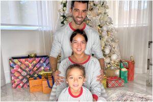 Así de hermosa luce la casa de Adamari López tras inspirar su decoración navideña en Alaïa