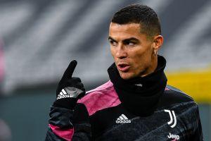 Cristiano Ronaldo recibe el Golden Foot, uno de los pocos premios que Messi nunca ha ganado