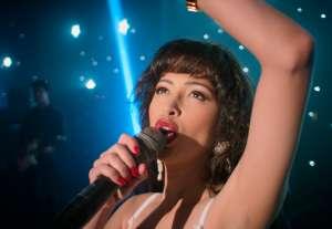 """Selena siempre fue algo más que la cantante de """"Como La Flor"""" y Netflix ha revivido a la leyenda"""