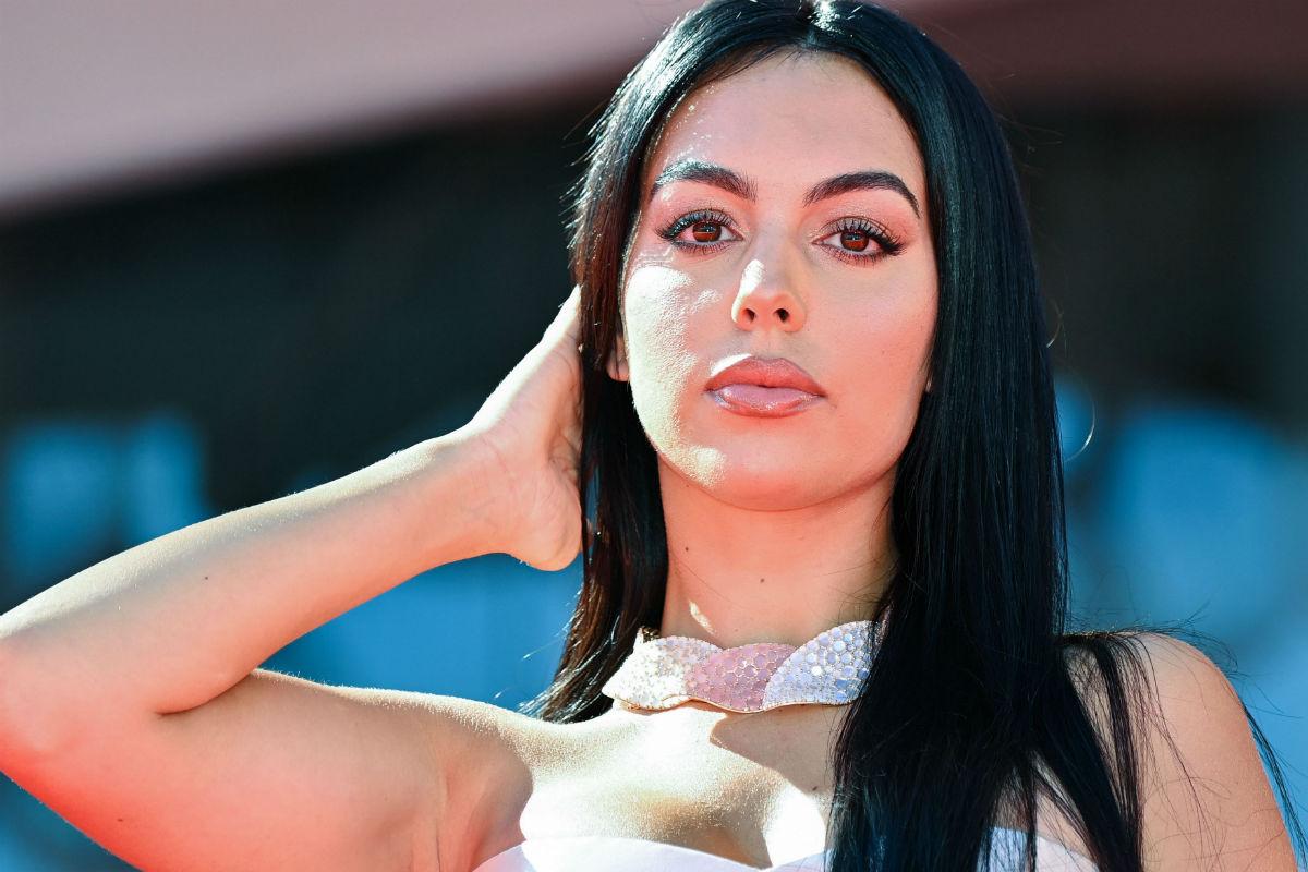 Georgina Rodríguez no se aburre en su jet privado