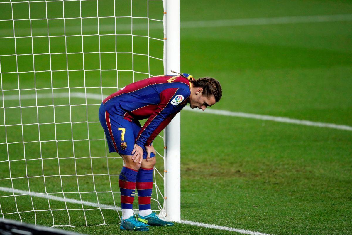 Su salida se dará a cambio del jugador español Saúl Ñíguez.