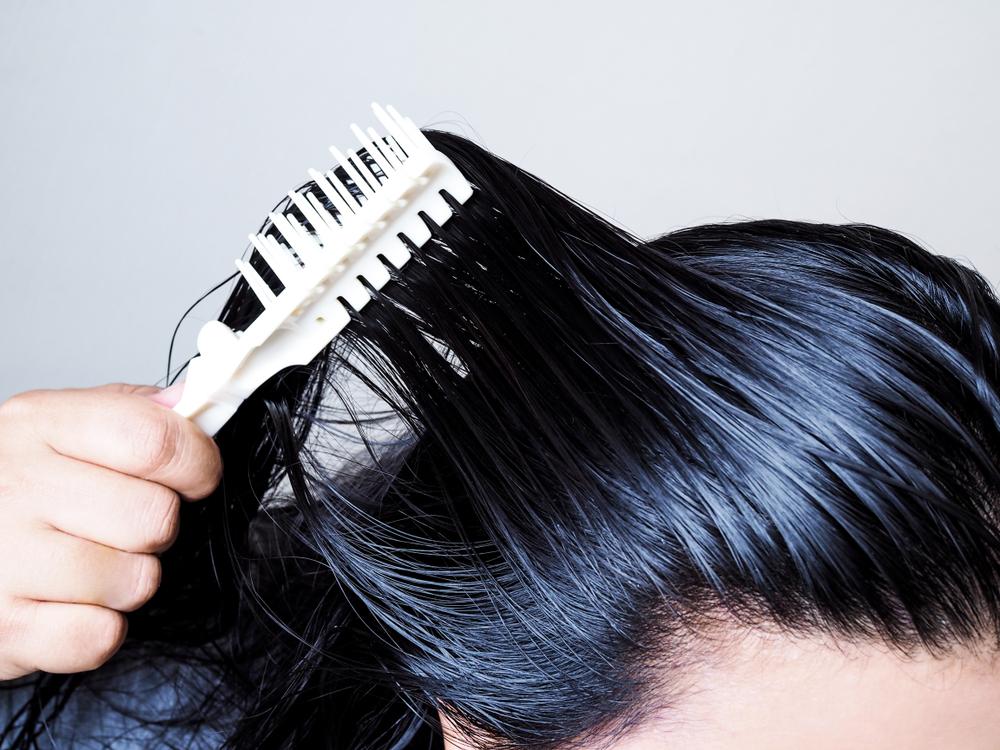 ¡Olvídate del tinte! 3 shampoos matizadores de canas que las cubre y da brillo