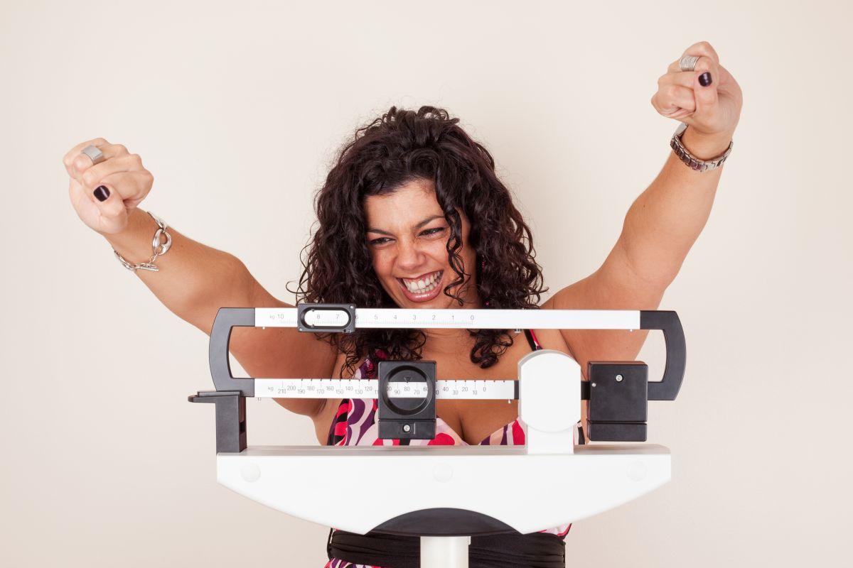 ¿Qué puedo hacer para bajar de peso?