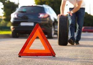 Los 5 productos que debes tener en tu auto en caso de una emergencia