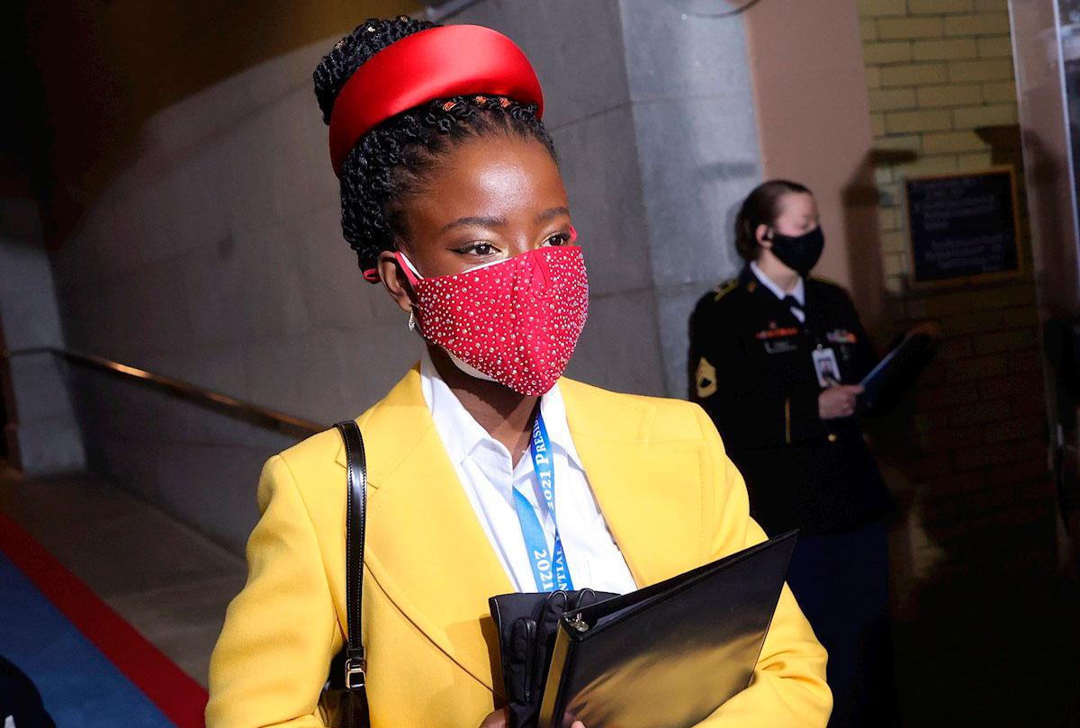 Amanda Gorman, la joven poeta afroamericana que aportó fuerza y esperanza a la investidura de Joe Biden