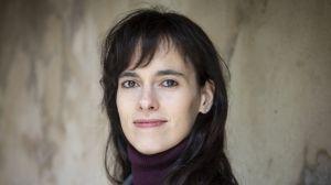 """""""WhatsApp es bastante intrusivo y Facebook es un buitre de los datos"""": Carissa Véliz, experta en privacidad y protección de información"""