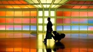 """El hombre que vivió tres meses en un aeropuerto """"por miedo al coronavirus"""""""